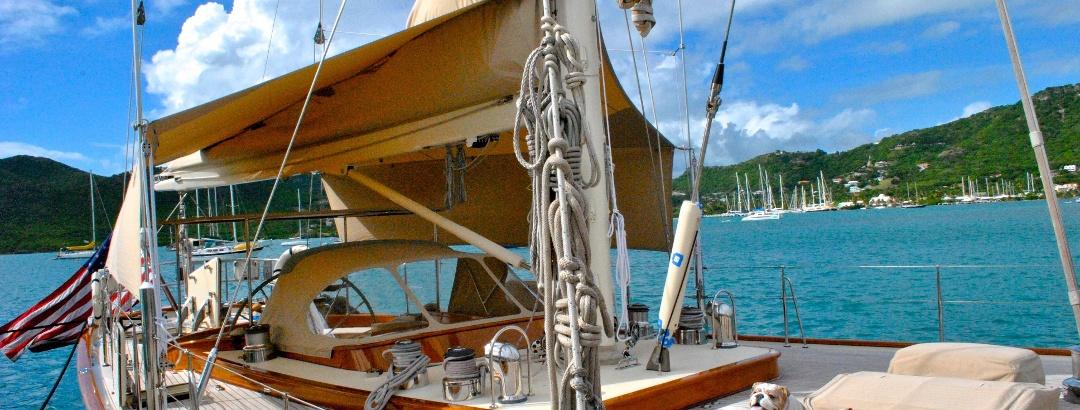 Sailing in Antigua and Barbuda