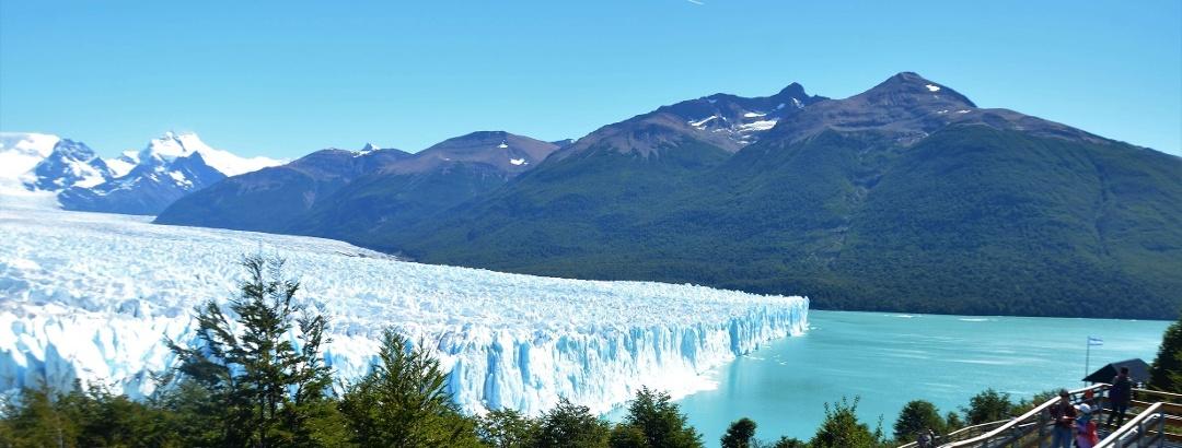 Perito Moreno Glacier views from the walkway