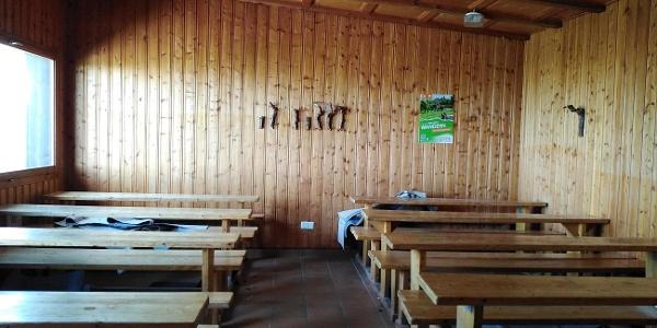 Weinwanderhütte-Schutzhütte