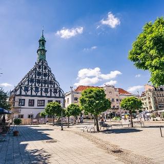 Hauptmarkt Zwickau mit Rathaus und Gewandhaus