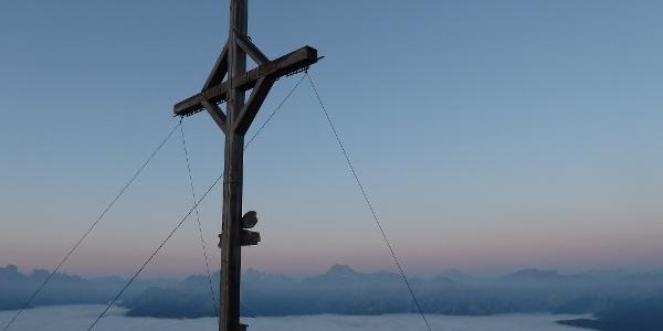 Morgendämmerung am Rudlhorn (2448 m).
