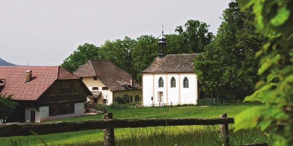Maria Himmelfahrt am Ritten, Teilziel der Wanderung an der Sonnenseite des Hausberges von Bozen
