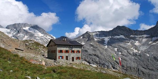 Die Hochfeilerhütte auf 2710 m.ü.M.