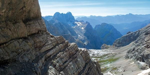 Langer Zu- und Abstieg, relativ kurzer Klettersteig, so könnte man diese Tour kurz umreißen