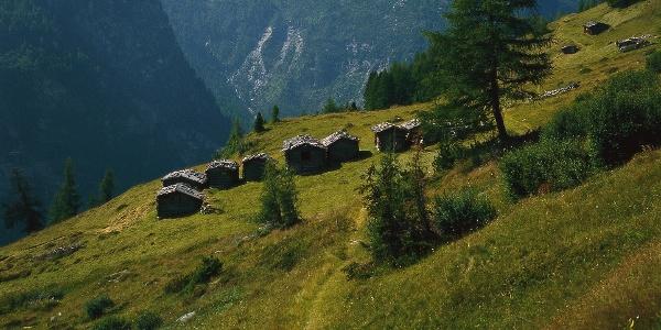 Die Lobiser Schupfen vom Reiner Höhenweg aus gesehen.