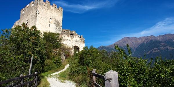 Laufrunde von Latsch zur Burgruine Obermontani.