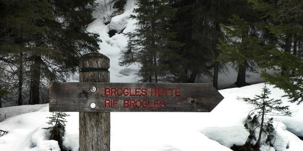 Die Broglesalm in Villnöss im Eisacktal bietet eine prächtigen Blick auf die Aferer Geisler