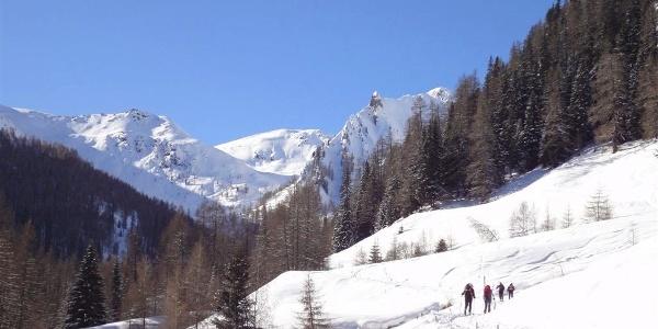 Skitouren im Weißenbachtal sind immer ein Erlebnis.