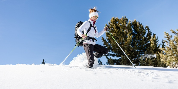 Mit den Schneeschuhen von Steinrast zum Höhenkirchlein St. Moritz.