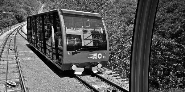 Ökologisch zur Wanderung mit der neuen Mendelbahn.