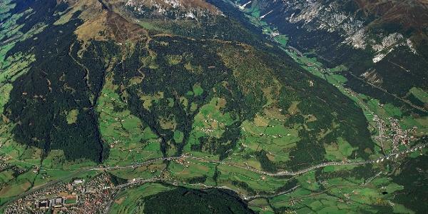 Der Jakobsweg führt bei Etappe 6 zunächst von Sterzing nach Gossensaß.