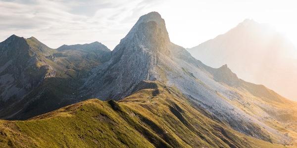 Prättigauer Höhenweg auf dem Cavelljoch im Rätikon