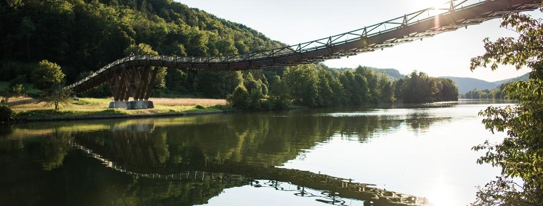 Die Holzbrücke Tatzlwurm bei Essing