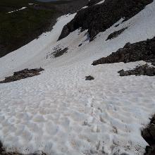 Westlich vom Madlochjoch ging es über ein großes Schneefeld