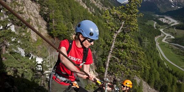 Am Klettersteig La Resgia.
