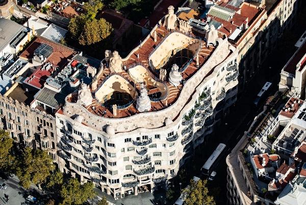 Luftaufnahme von der La Pedrera in Barcelona