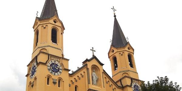 Ein verheerender Brand zerstörte 1850 einen Teil der Pfarrkirche.