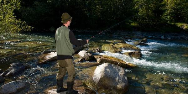 Angler an der Ill