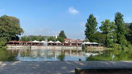 Chinarestaurant am Teich