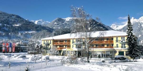 Hotelansicht, Winter