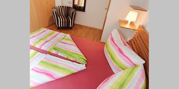 Schlafzimmer DB