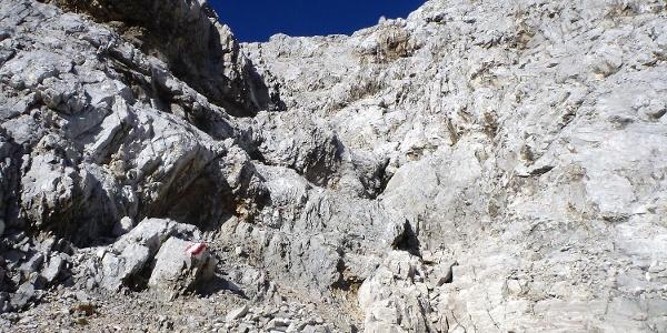 kurze Kletterpassage beim Anstieg auf die Kaskarspitze