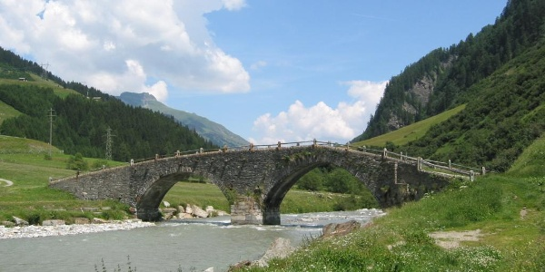 Etappe 1: Alte Landbrugg bei Hinterrhein