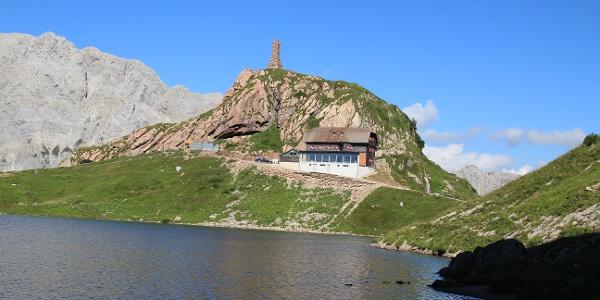 Die Wolayerseehütte