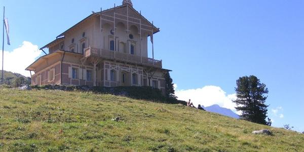 Das Schloss von König Ludwig II. am Schachen