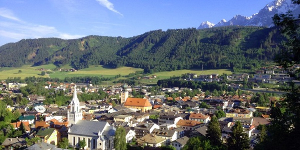 Grubegg Trail - view of Schladming
