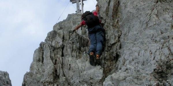 Steilpassage in Gipfelnähe