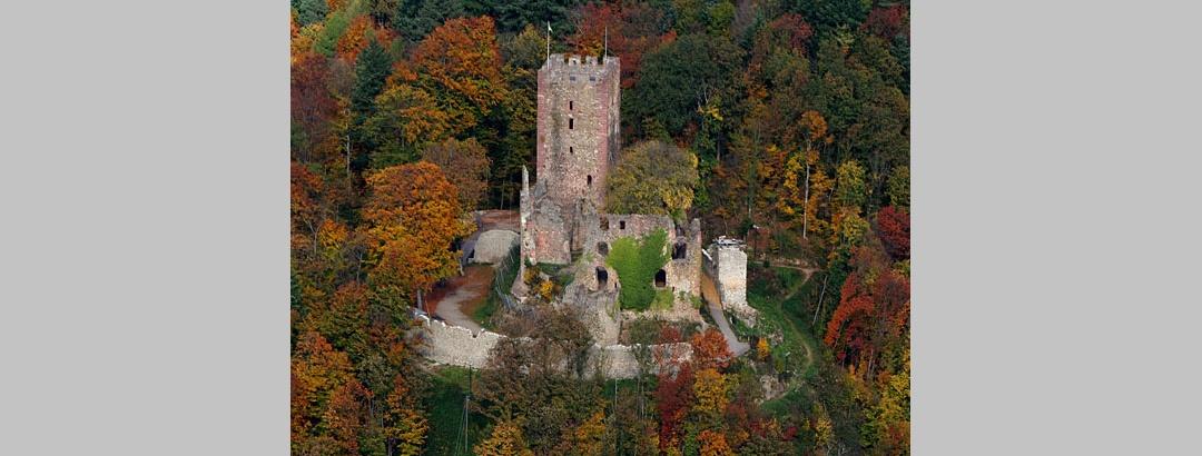Die Ruine der Kastelburg bei Waldkirch.