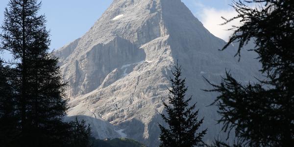 Der Tribulaun am Fusse sieht man d. Hütte