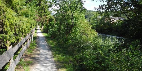 So sah der Dammweg nach Pfandl bis 2013 aus!