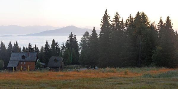 Panorama oberhalb der Murauer Hütte.