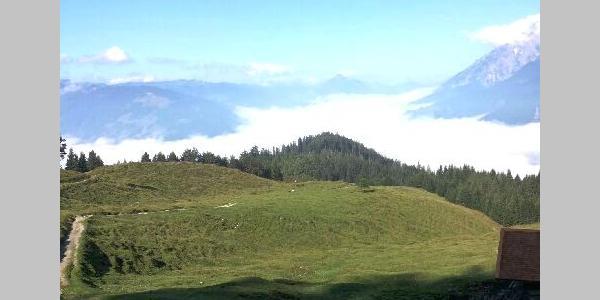 Panorama mit Nebel im Tal