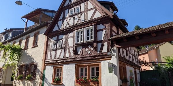 Touristinformation im Renaissance-Fachwerkhaus