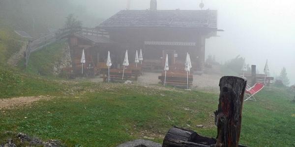 Regenpause in der Schlernbödelehütte