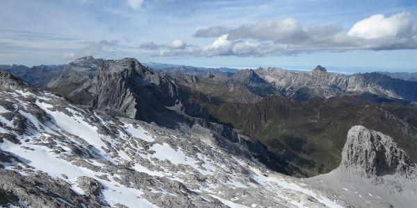 Blick von der Sulzfluh (2818 m) in Richtung Nordwesten