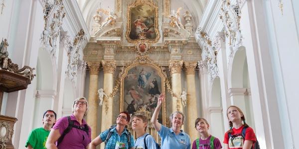 "Jesuitenkirche ""Maria Immaculata"" - ein barockes Bauwerk"