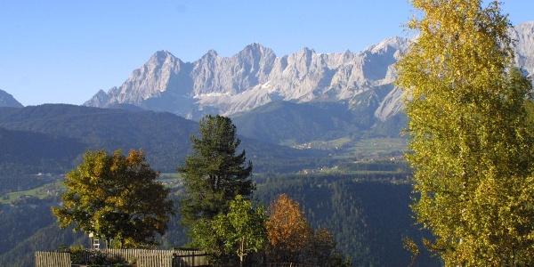 Panoramic view from the Bernhard Knauss Trail