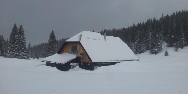 Gloggnitzerhütte im Winter
