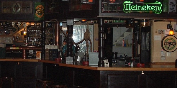 Billiard - The Pub