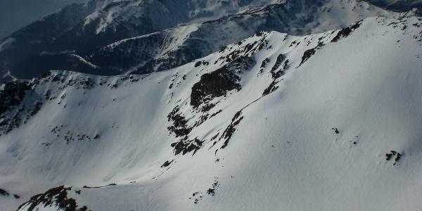 Ausblick vom Gr. Bösenstein mit Blick auf die Nordostflanke des Kl. Bösensteins