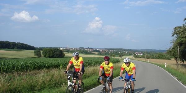 Wallhausen im Hintergrund