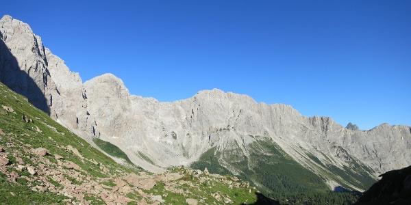 Das Biegengebirge oberhalb der Oberen Wolayeralm