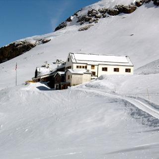 Wiesbadener Hütte 2443m