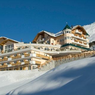 Berghotel Alpenaussicht im Winter